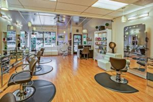 Must-Have Features for Your Salon's Mobile App