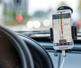 Review of the Top 3 Maps and Navigation Mobile Apps in Singapore