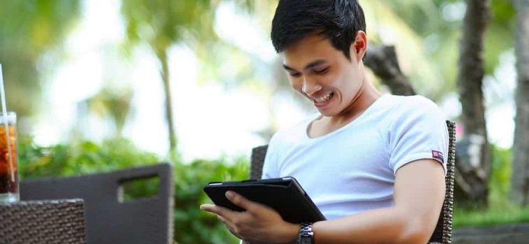 Review of the Top 3 Personalization Mobile Apps in Singapore