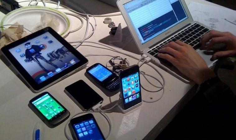 Top 10 Mobile App Development Companies | Robust Tech House | App Developers