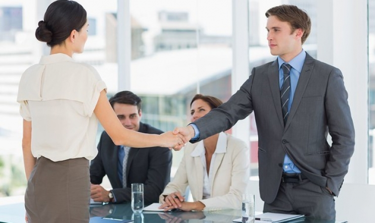 7 Qualities to Look For While Hiring IT Professionals