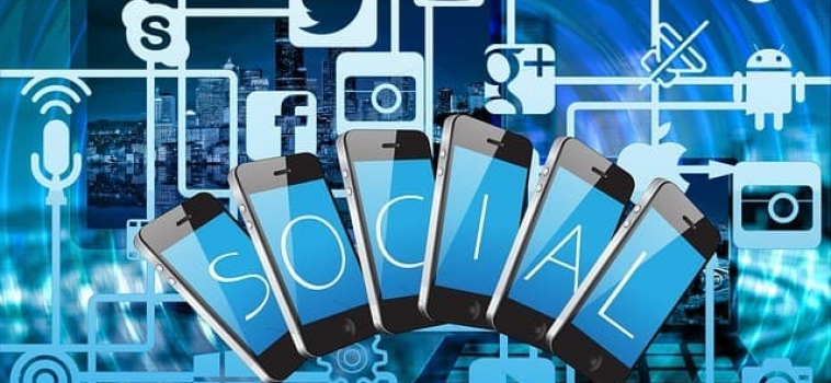 Review of the Top 3 Social Mobile Apps in Singapore