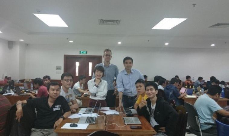 RobustTechHouse Team Vietnam Hackademics Hackathon