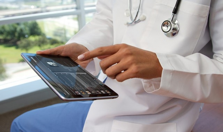 Why Hospitals Need Mobile Apps?